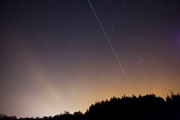 ISS Glides Over Butser, England.  3 Mar 09.  Credit: Martin Saban-Smith, http://www.m109.co.uk